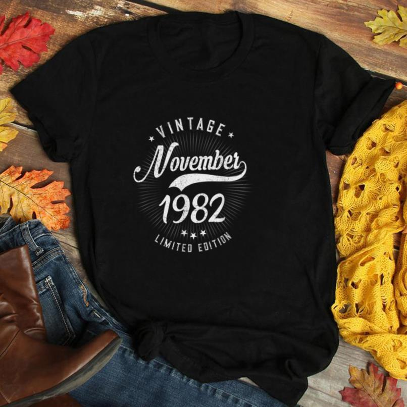 Born November 1982 Birthday Gift Made in 1982 38 Years Old T Shirt