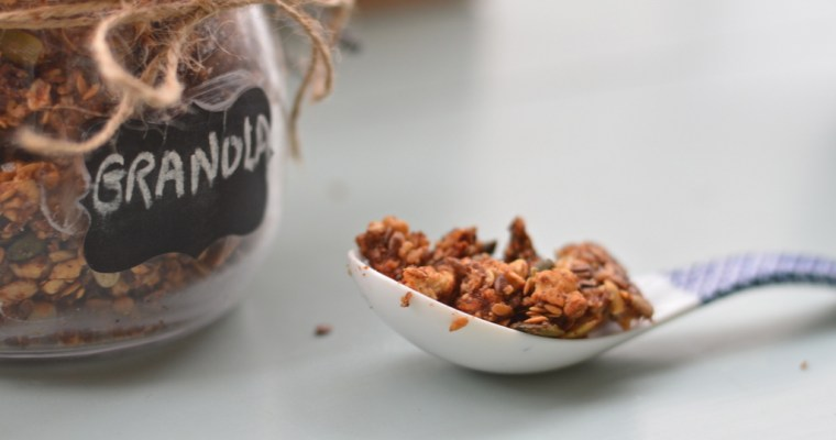Spiced Apple Granola Clusters