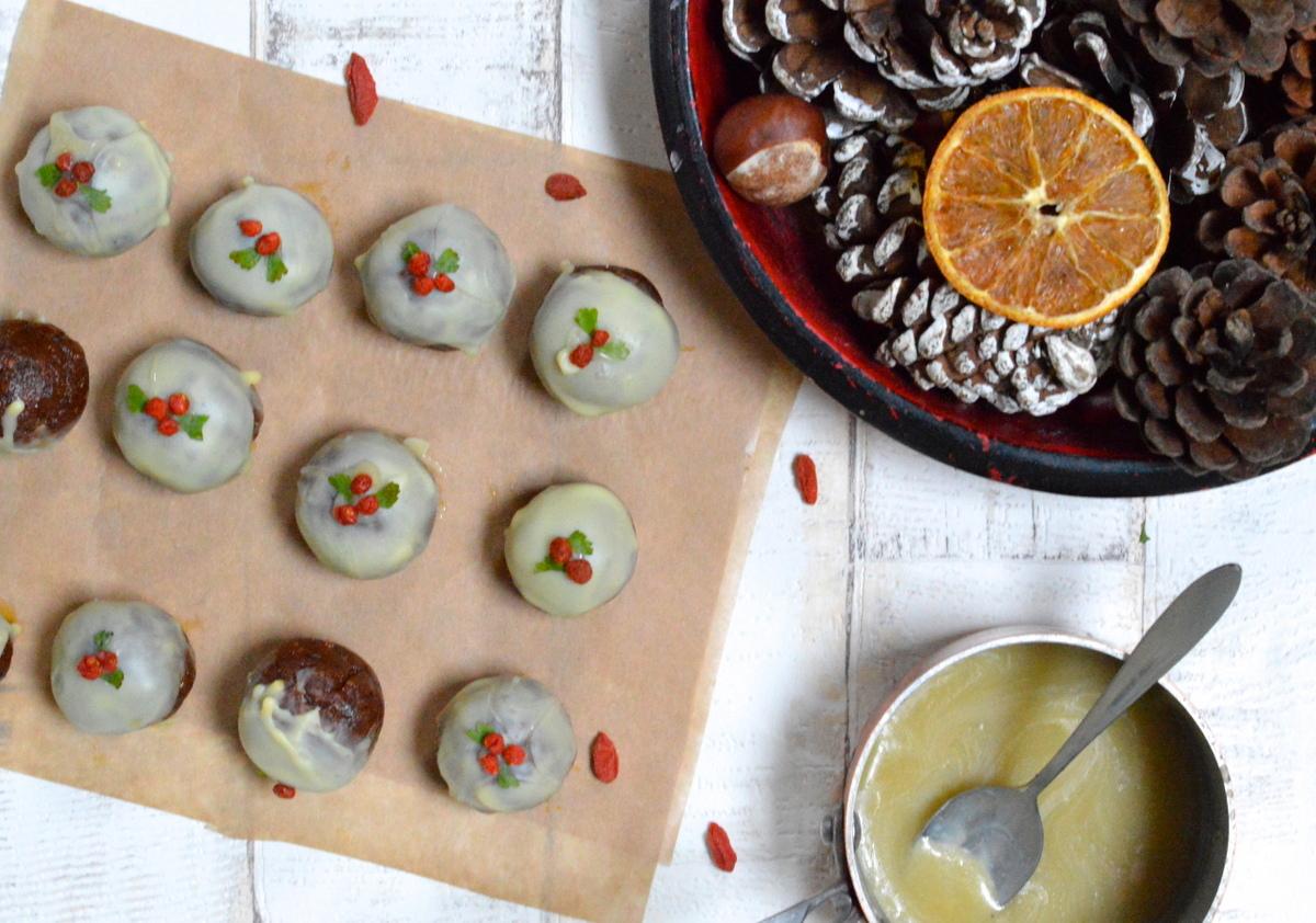 Raw Vegan Christmas Pudding