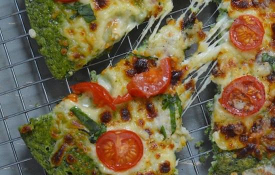 Low Carb Pesto Pizza (+ Video)