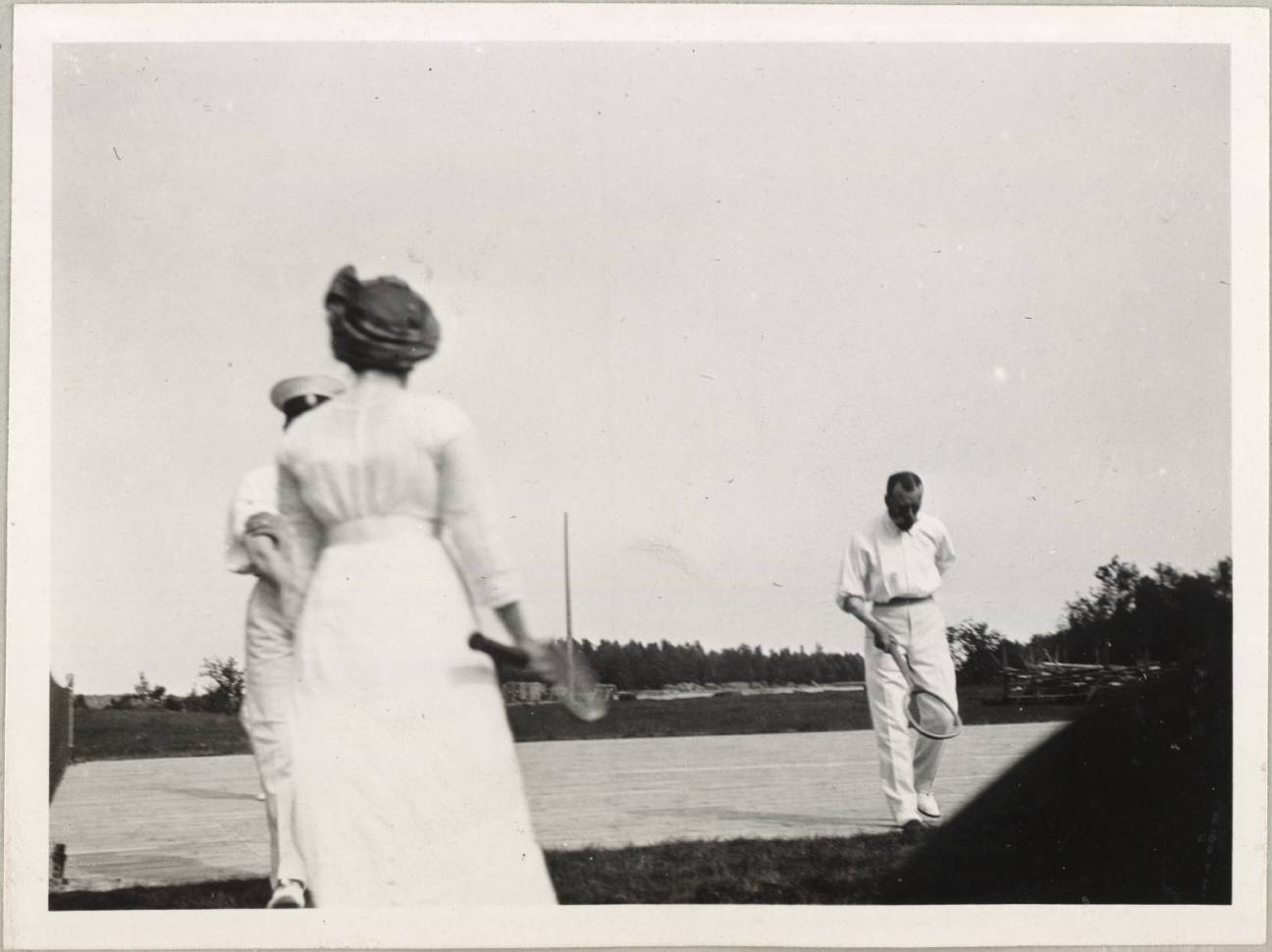 Photography from the private archive of the Romanovs family-Lujon Magazine02