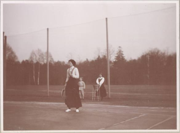 Photography from the private archive of the Romanovs family-Lujon Magazine06