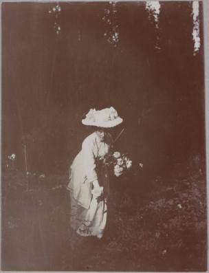 Photography from the private archive of the Romanovs family-Lujon Magazine31