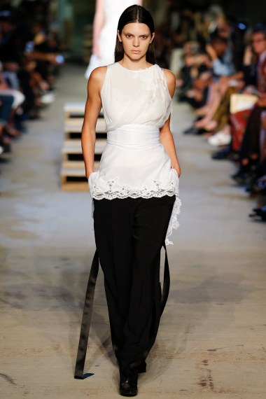 Givency SS16 Look 3