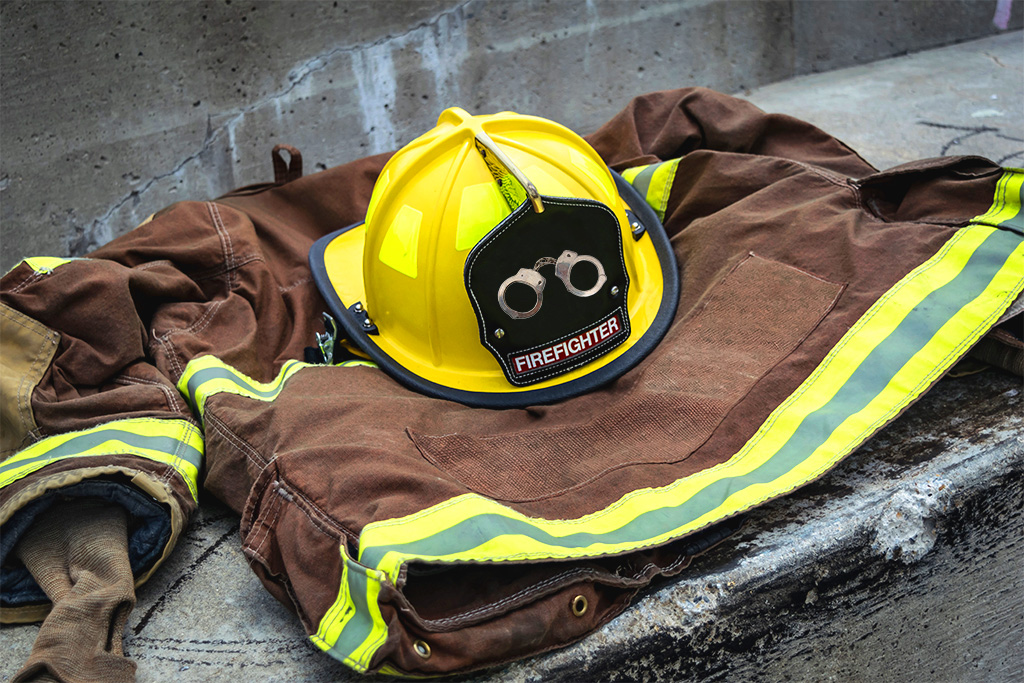 Prison inmates help battle fires for little pay