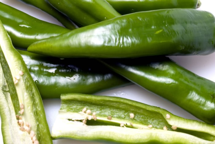 Whole Anaheim Green Chiles