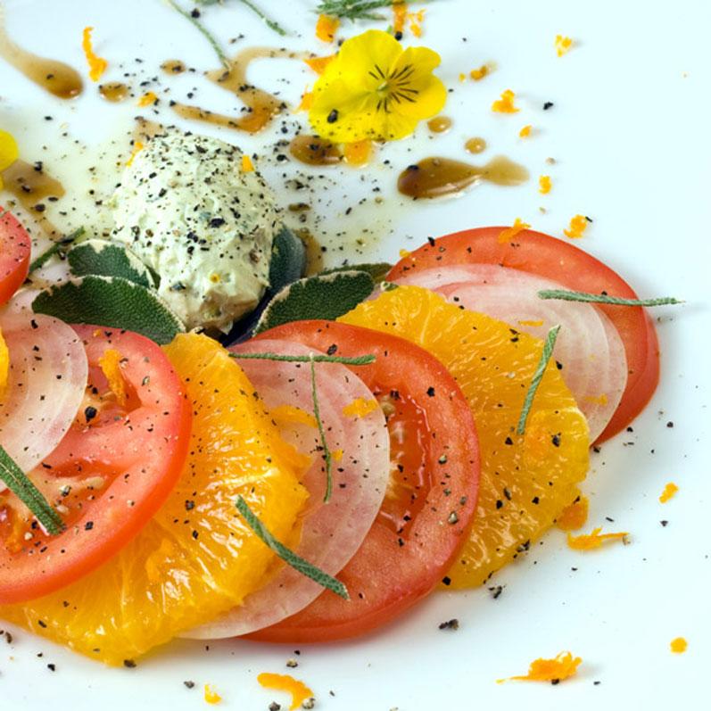 IIndian Summer Tomato, Orange & Sweet Onion Salad | LunaCafe