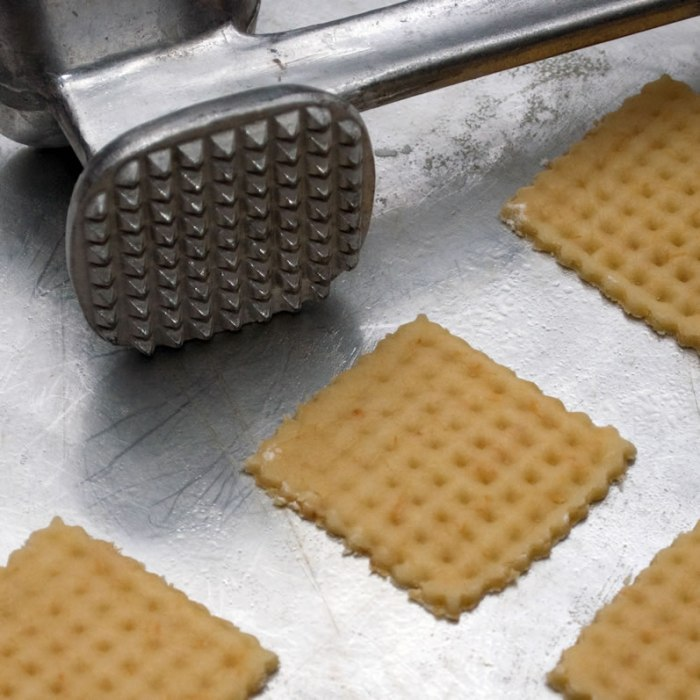 Stamping the Cookies
