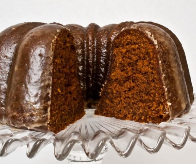 Spicy Gingerbread Cake with Coffee Glaze | LunaCafe
