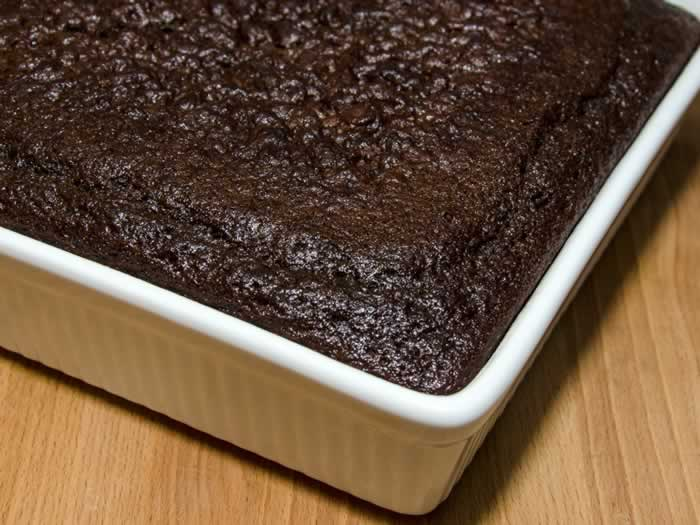 Mad Dash Chocolate Cake (Fast & Easy) | LunaCafe