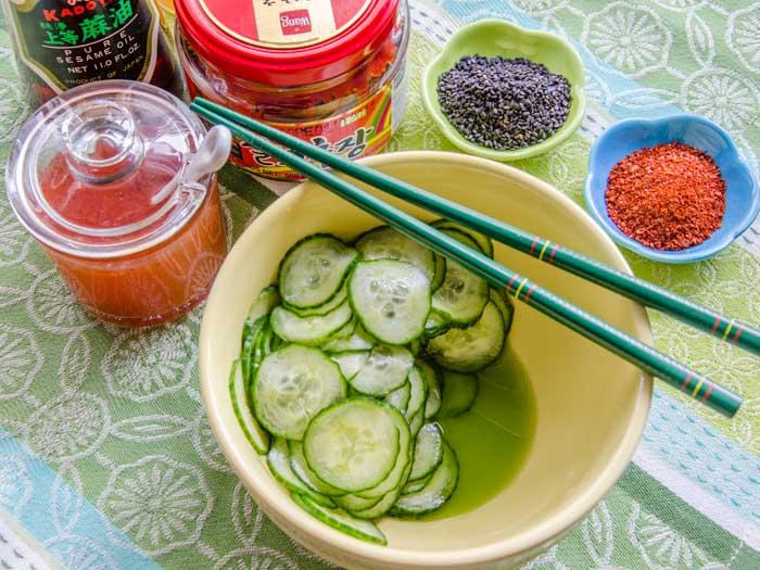 Spicy Asian Cucumber Salad | LunaCafe