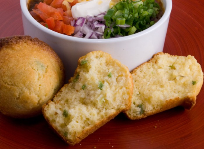 Aunt Elfred's Corn Bread with Black Bean Ancho Chili