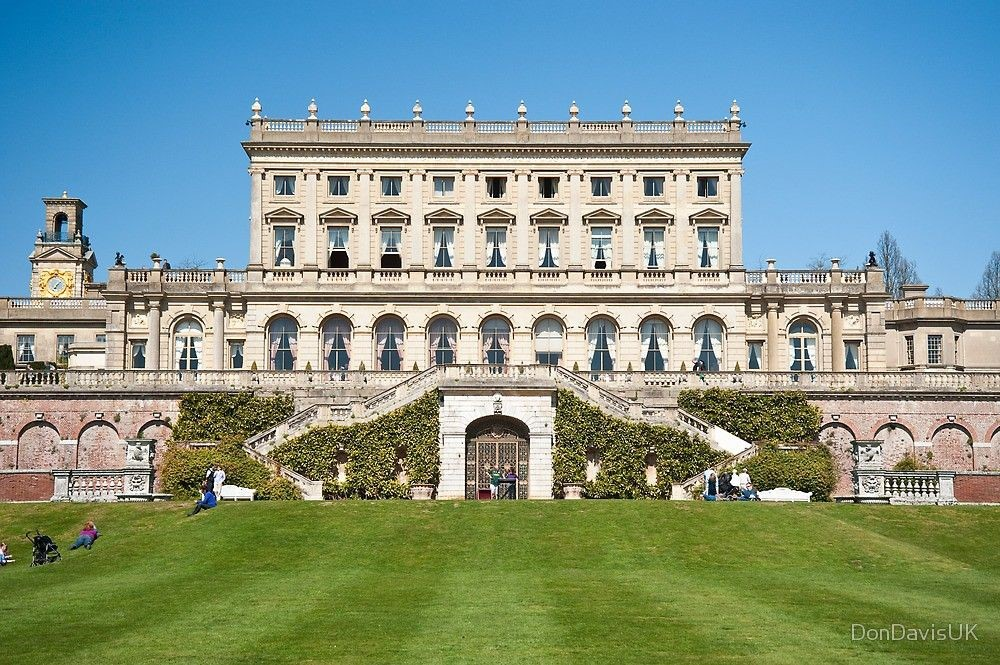 Cliveden House boat trip, bubbles and supper: Bank Holiday Monday 30 August