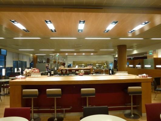 Air France Business Class lounge Paris - Snack buffet