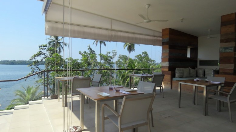 Tri Lanka living dining