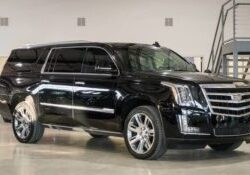 Escalade side