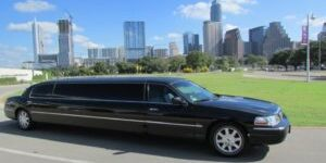 10 passenger Stretch Limousine for Lux Limo