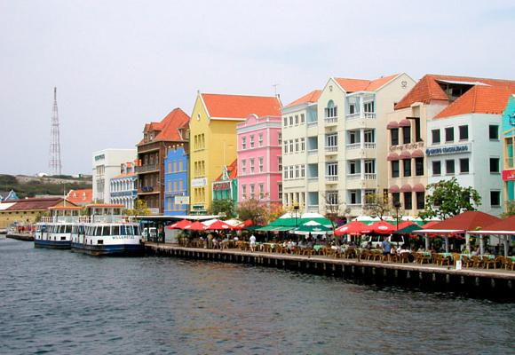 ciudades más coloridas curasao