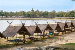 Huts at Huay Tung Tao Lake