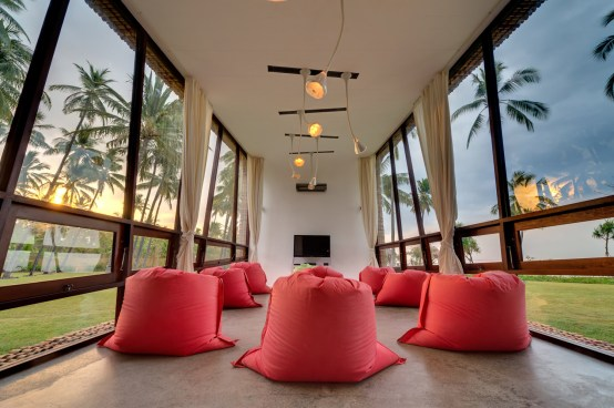 the-luxury-asia-villa-sapi-entertainment-room