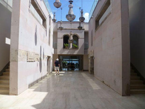 Court Yard at Casa Dell'Arte