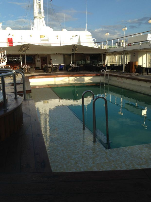 Silver Cloud Outdoor Swimming Pool