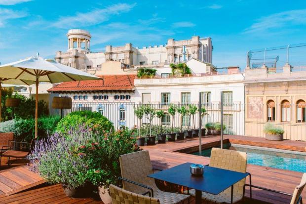 Mercer Barcelona Andrew Forbes TLE (1)
