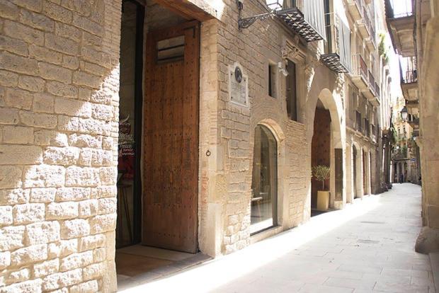 Mercer Barcelona Andrew Forbes TLE (15)