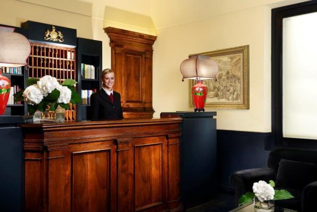 Hotel Inghilterra Reception