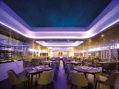 Sunborn_Gibraltar_Yacht_hotel (4)