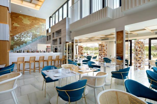 Salao Atlantic Restaurant 2