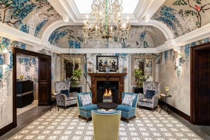 Browns_Hotel__Front_Hall_4163_photo_credits_to_Janos_Grapow-JPG