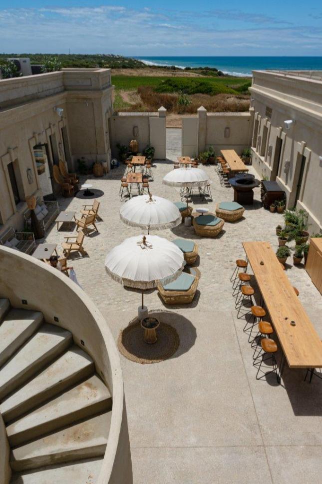 Cuartel_del_mar_restaurant_Spain (8)