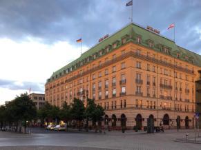 Andrew_Forbes_Hotel_Adlon_Kempinski_Berlin (7)