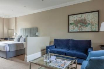 Feature Bedroom, Lounge Area