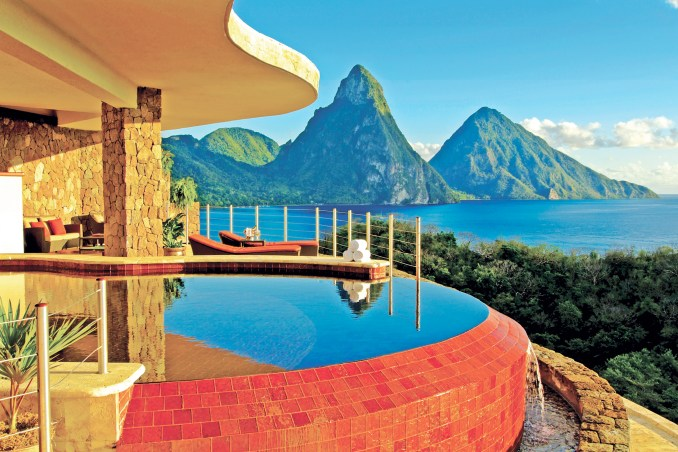 JADE MOUNTAIN - SUN SANCTUARY