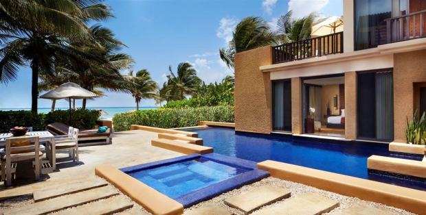 OCEANFRONT POOL VILLA TERRACE