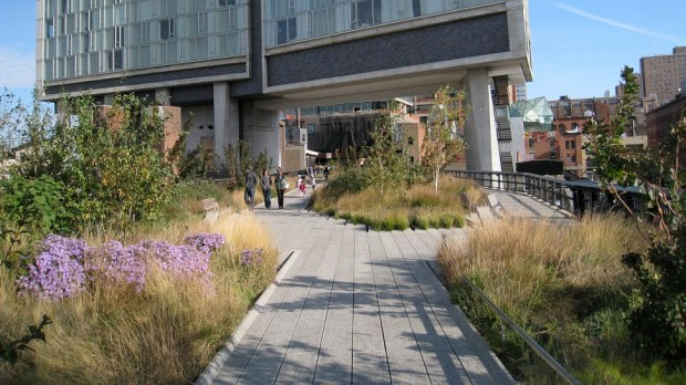 THE HIGH LINE PARK, NEW YORK, USA