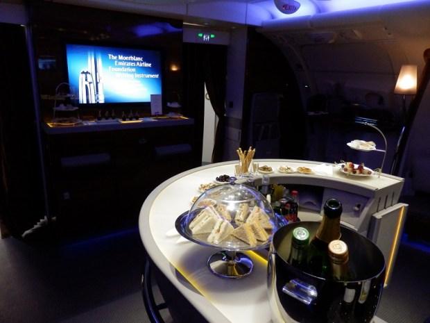 A380 ONBOARD BAR