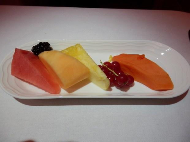 DESSERT: FRUITS