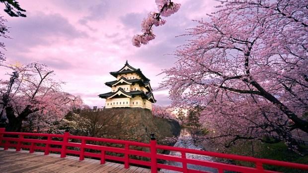 HIROSAKI CASTLE, JAPAN