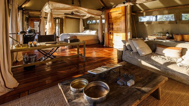 MOMBO AND LITTLE MOMBO CAMP, BOTSWANA