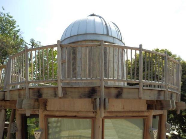 SONEVA KIRI'S CENTRAL PAVILIONS: BAR: OBSERVATORY