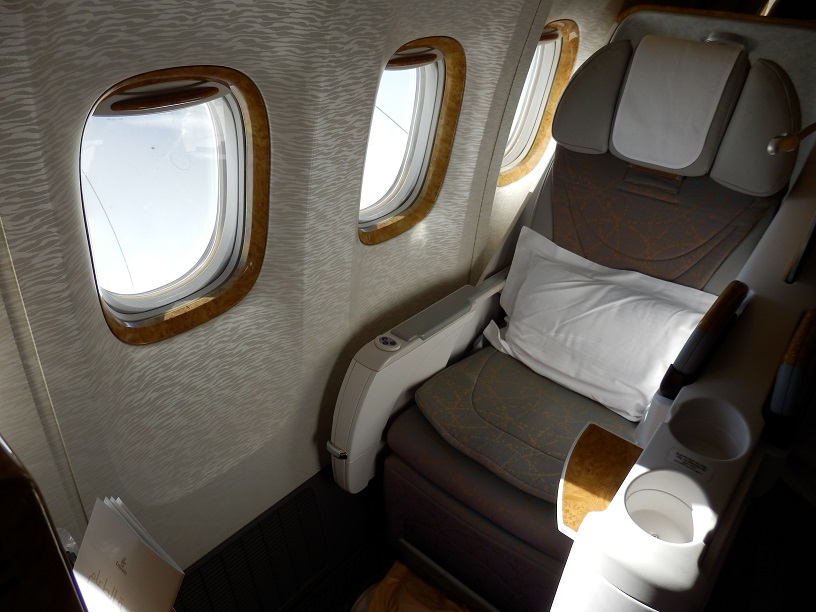 Emirates B777 200lr Business Class Brussels To Dubai The Luxury