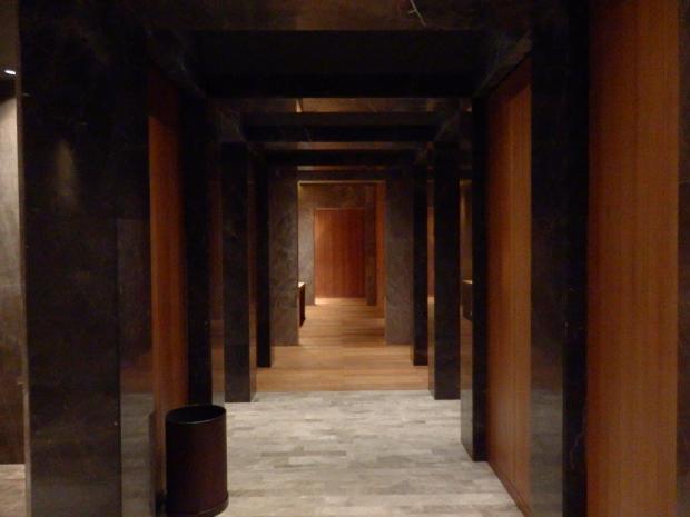 SPA - LOCKER ROOM