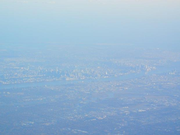 LANDING IN NY: FIRST GLIMPSE OF THE SHIMMERING SKYLINE