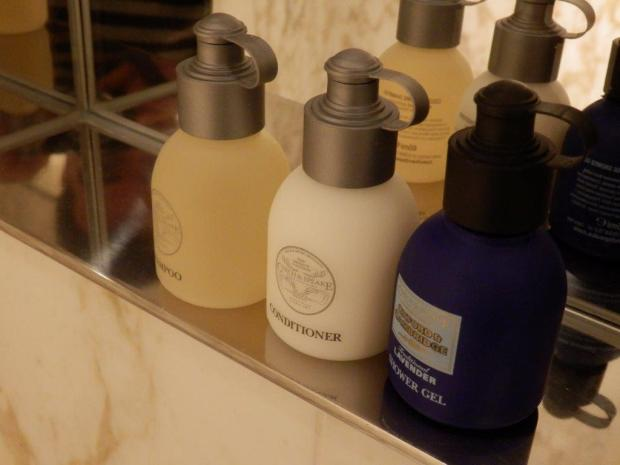 PREMIER SUITE: BATHROOM AMENITIES