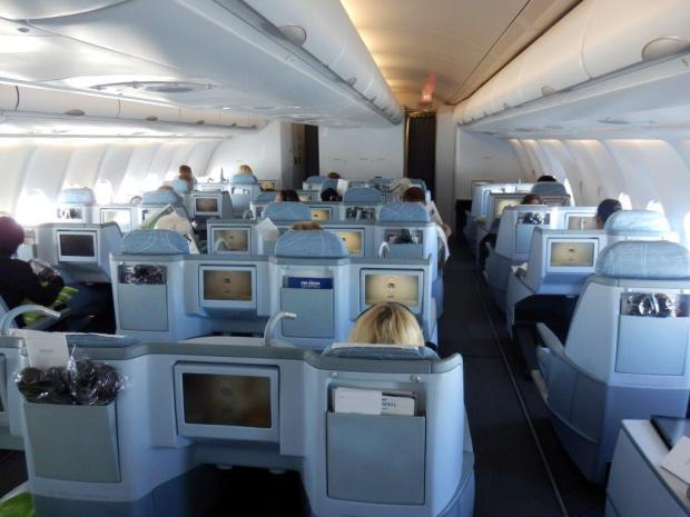 BUSINESS CLASS CABIN SHORTLY AFTER TAKEOFF