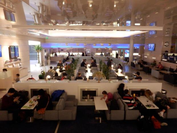 FINNAIR LOUNGE AT HELSINKI AIRPORT