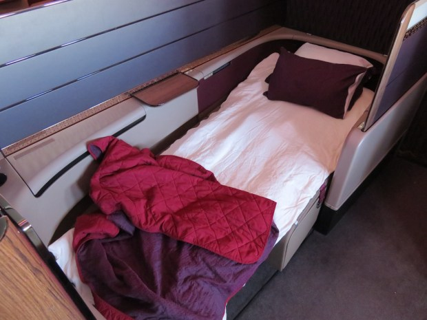 FULLY FLAT-BED